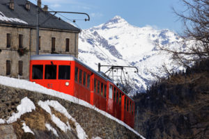 Tourisme de la dernière chance au glacier du Montenvers-Mer-de-Glace